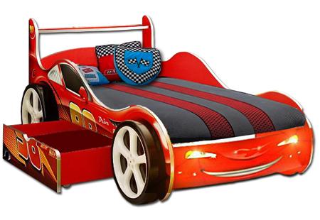 Детскую кровать машину  магазине  от 3-х лет
